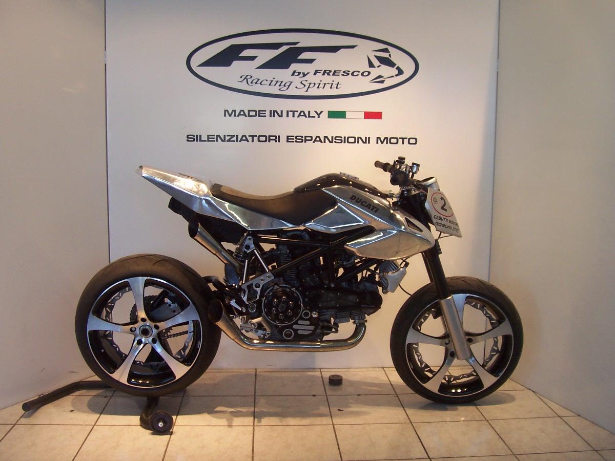 Ducati_Hypermotard_Special